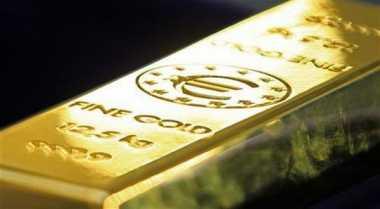 \Harga Emas Turun Kena 'Sihir' The Fed\
