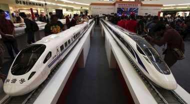 \Seberapa Besar Kebutuhan Pengguna Kereta Cepat Jakarta-Bandung?\