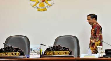 \Kongko dengan Menteri, Jokowi Bahas Korupsi, Regulasi, dan Besarnya Peran BUMN\