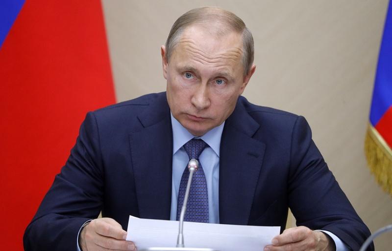 Rusia Selangkah Lagi Disanksi, Putin: Kami Harus Bereaksi