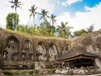 SHARE LOC: Pura Gunung Kawi, Perhiasan Cantik dengan Relief Indah di Pulau Dewata