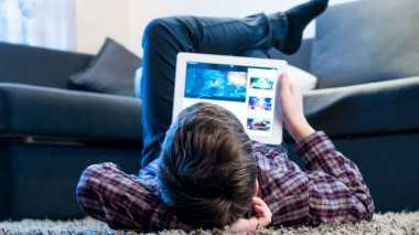Anak yang Sering Bermain Internet Bisa Selamatkan Negara, Kok Bisa?