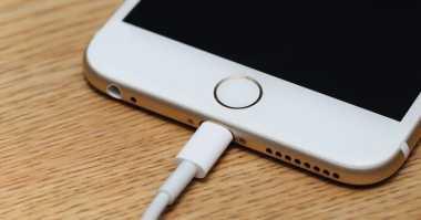 Techno Trick: Jangan Panik! Lakukan Ini saat Ponsel Anda Tidak Dapat Di-Charge