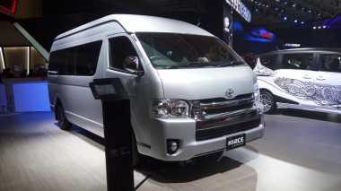 Pasar Kendaraan Van Komersial Tumbuh, Hiace pun Dipercantik