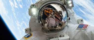 Nih Rasanya Spacewalk di Luar Angkasa, Ini Penampakannya!