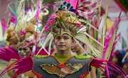 Meriah! Karnaval Pesona Lombok Sumbawa Dibanjiri Ribuan Orang