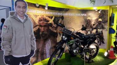 Keren! Melihat Pembangunan Jalan Trans-Papua Pakai Motor Trail ala Presiden Jokowi