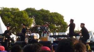 Aksi Panggung Yura Yunita Hebohkan Prambanan Jazz Festival