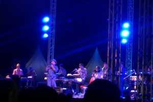 Bawakan 'Tak Pernah Setengah Hati', Tompi Ajak Penonton Galau di Prambanan Jazz