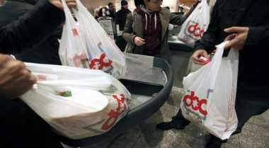 \Khawatir Kacaukan Industri, Kenaikan Tarif Cukai Plastik Baru Dibahas Akhir 2017   \