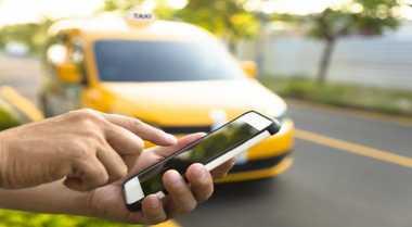 \Putusan MA soal Taksi Online Bisa Picu Keresahan\