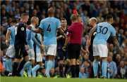 Diwarnai 2 Kartu Merah, Man City vs Everton Berakhir Imbang
