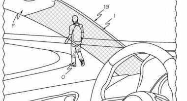 Kreatif! Cermin Bisa Bikin Pilar Mobil Tembus Pandang