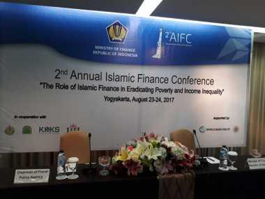 \Perangi Kemiskinan, Sri Mulyani Bahas Keuangan Syariah di Yogyakarta\