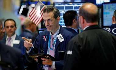 \Wall Street Menukik Tajam, Pasar Menanti Pidato Janet Yellen di Depan Bankir Dunia\