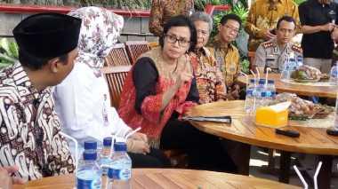 Usai Dipuji, Sri Mulyani Ingatkan Kades Ponggok Hati-Hati Gunakan Dana Desa!