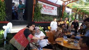 \Berhasil Kelola Dana Desa, Sri Mulyani Ingin Ajak Kades Ponggok ke Luar Negeri\