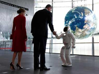 Wow! Demi Mirip dengan Manusia, Robot Ini Manfaatkan Kain Sutra