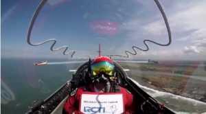 HUT RCTI 28: Team Jupiter Aerobatik Unjuk Kebolehan Atraksi di Angkasa