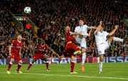 Belum Menyerah, Sandro Wagner Jebol Gawang Liverpool