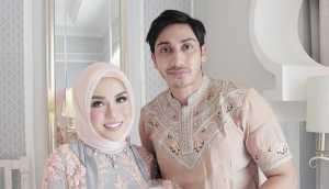 FOTO: Dinikahi Lukman, Medina Zein Disambut Hangat Sarah dan Rahma Azhari
