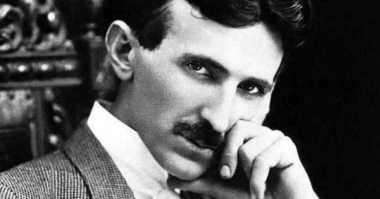 OKEZONE STORY: Nikola Tesla, Penemu Teknologi Listrik yang Berjasa untuk Dunia
