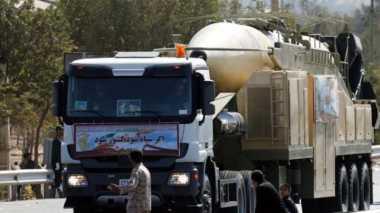 Duh! Tak Cuma Dipamerkan, Iran Juga Luncurkan Rudal Khoramshahr