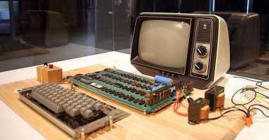 Komponen Komputer Pertama Apple Dilelang, Berapa Harganya?