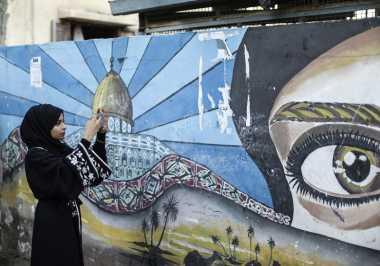 Selebgram Wanita Tunjukkan Sisi Lain Gaza yang Tak Terekspos Media