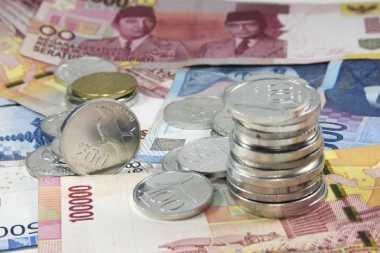 Boleh Hamburkan Uang di Akhir 2017, tapi Awal Tahun Mulai Nabung Lagi