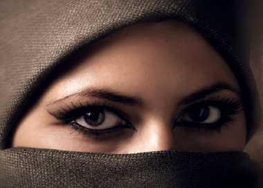 Cerita-Cerita Lucu Tentang Mualaf Amerika yang Baru Masuk Islam