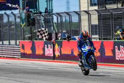 Brivio Jawab Pujian Rossi terhadap Rins dan Suzuki