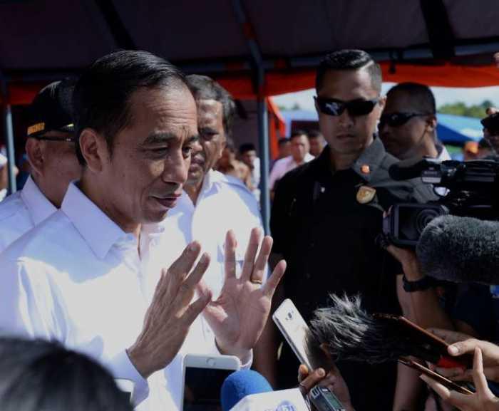 Jokowi soal Pertemuan Surya Paloh-Elite PKS: Biasa Saja, Enggak Perlu Baper