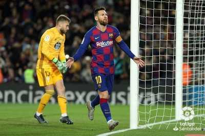 Dua Gol Messi Bawa Barcelona Ungguli Celta Vigo