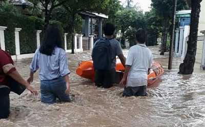 Puluhan Permukiman di Bekasi Terendam Banjir Hingga 3 Meter