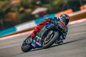 Rossi Ragu Lorenzo Punya Motivasi untuk Kembali dari Pensiun