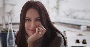 Sophia Latjuba Ungkap Perasaan Jatuh Cinta dengan Hidupnya