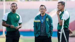 Pelatih Persebaya Tak Yakin Liga 1 Bisa Dilanjutkan di Pulau Jawa