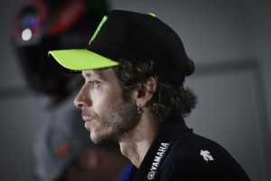 Valentino Rossi Positif Covid-19, Lin Jarvis: Ini Berita yang Sangat Buruk