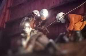Terjebak di Kapal Tongkang, Pencari Besi Rongsok Ditemukan Tewas