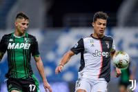 Nasib Apes Cristiano Ronaldo, Gagal Cetak Gol Malah Hampir Kena Kartu Merah