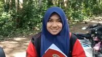 Sekelompok Siswi Belajar di Hutan demi Sinyal Internet, Binatang Buas Mengancam