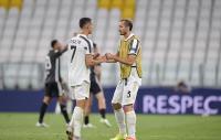 Juventus Disingkirkan Lyon, Kakak Ronaldo: Kamu Tetap yang Terbaik!