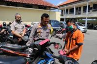 """Aksi Kriminal Pedagang Sayur, Nyambi Jadi """"Intelijen"""" Kampung untuk Curi Motor"""