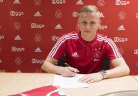 Man United Prioritaskan Van de Beek Dibanding Jack Grealish