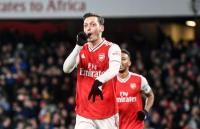 Mesut Ozil Kembali Tegaskan Takkan Tinggalkan Arsenal