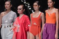 5 Desainer Indonesia Ini Torehkan Prestasi di Dunia, So Proud!