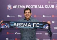 Aremania Bikin Carlos Oliveira Tertarik Jadi Pelatih Arema FC