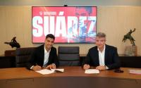 Luis Suarez Resmi Tanda Tangan Kontrak 2 Tahun dengan Atletico Madrid