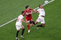 Bayern vs Sevilla Masih Sama Kuat di Babak Pertama